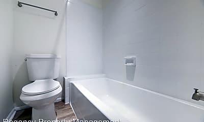 Bathroom, 5420 Callaghan Rd, 2