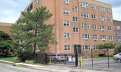 Building, Arlington Court Apartments, 2