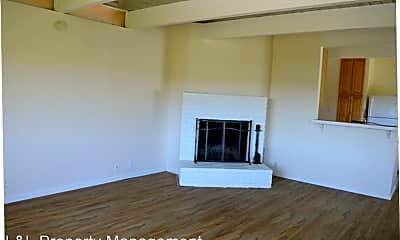 Living Room, 242 Almonte Blvd, 0