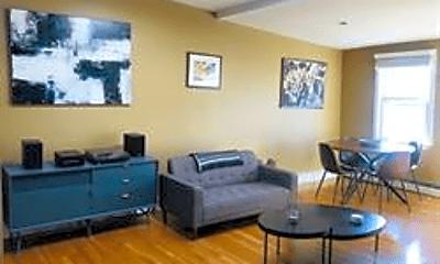 Living Room, 253 Gold St, 1