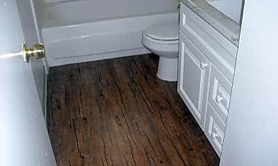 Bathroom, 2580 Spinnaker Ave, 2