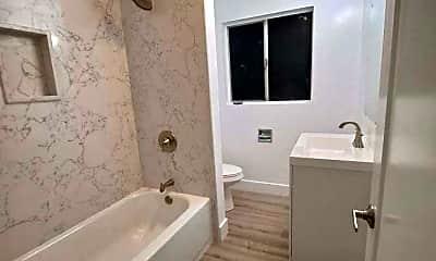 Bedroom, 3009 Harrison St, 2