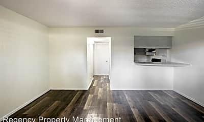 Living Room, 7314 Oak Manor Dr, 1