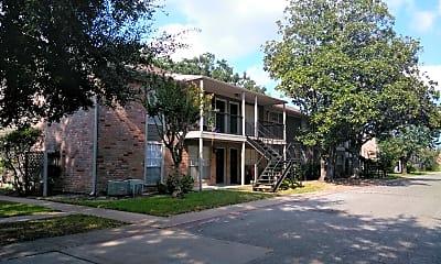 Salem Village Apartments, 0