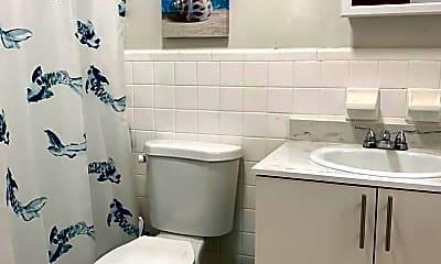 Bathroom, 223 Antilla Ave, 2