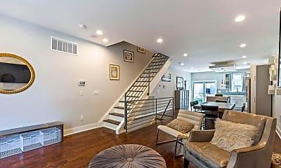 Living Room, 2621 E Letterly St, 1
