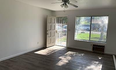 Living Room, 3591 Kenora Dr, 2