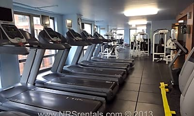 Fitness Weight Room, 440 N Wabash Ave APT 408, 2
