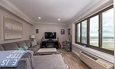 Bedroom, 100 W Broadway 7Q, 0