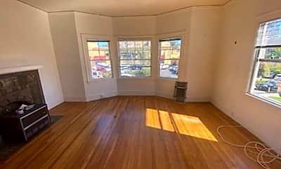 Living Room, 4216 Piedmont Ave, 0