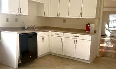 Kitchen, 61 Robert St, 2