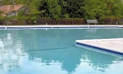 Pool, 9 Silverwood Circle, 2
