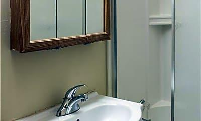 Bathroom, 429 Lovisa St 1, 2