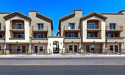 McCormick Luxury Apartments, 0