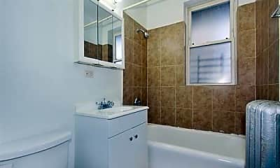 Bathroom, 7612 S Kingston Avenue, 2