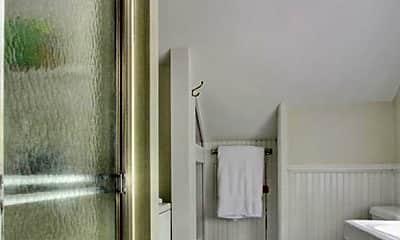 Bathroom, 60 Hoydens Hill Rd, 2