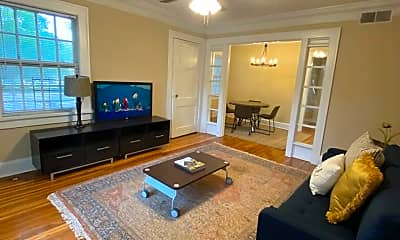 Living Room, 934 Ponce De Leon Ave NE, 1