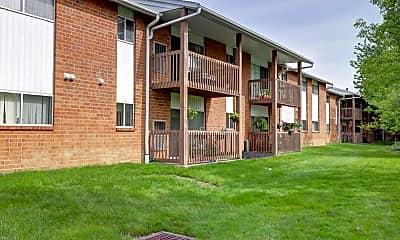 Building, Foxmoor Apartments, 1