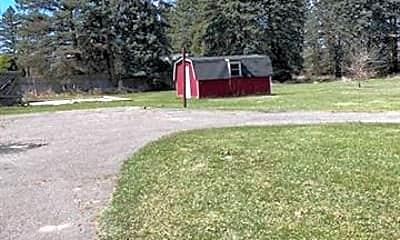1635 N Pontiac Trail, 1