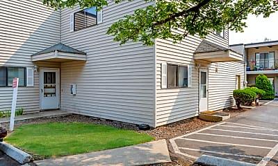 Building, 3235 SE 1st St, 2
