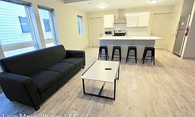 Living Room, 112 Summit St, 1