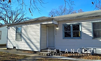 Building, 2813 SE Minnesota Ave, 0
