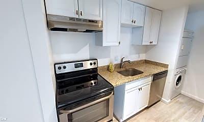 Kitchen, 1015 P St NW, 1