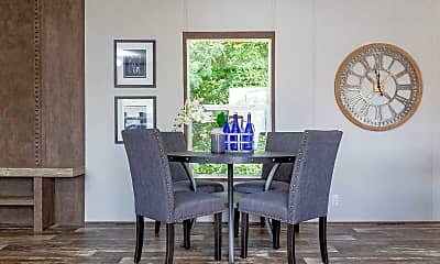 Dining Room, 12204 Indianapolis Rd, 1