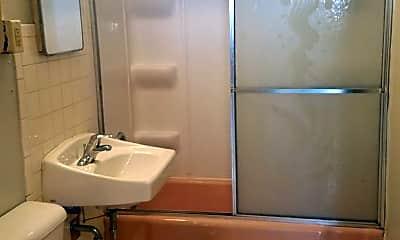 Bathroom, 2511 3rd Ave, 2