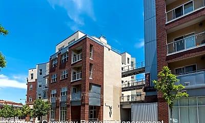 Building, 2550 N Washington St, 1