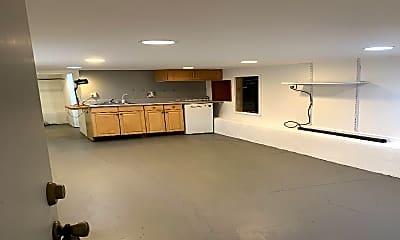 Kitchen, 2605 Fulton St, 2
