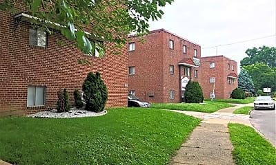 Building, Penn Manor, 0