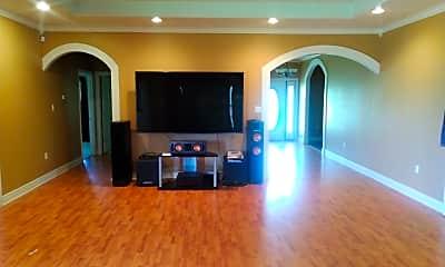 Living Room, 545 Lee Nichols Rd, 1