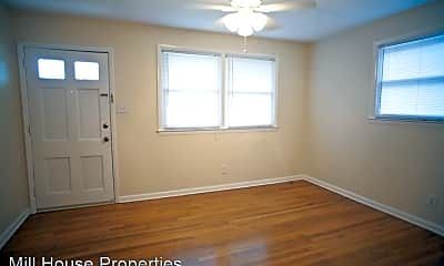 Bedroom, 611 Hillsborough St, 2