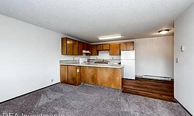 Living Room, 5500 NE 34th St, 1