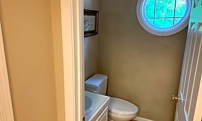 Bathroom, 2429 Avenham, 2