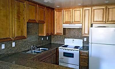 Kitchen, Diamond Pointe Apartments, 1