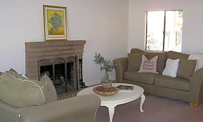 Living Room, 3024 Albany Ave, 1