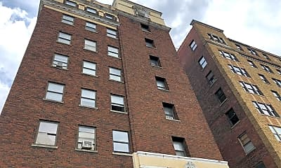 Hampton Hall Apartments, 2