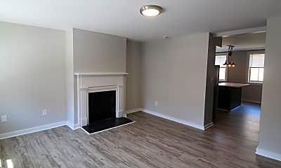 Living Room, 514 Eloise St, 1