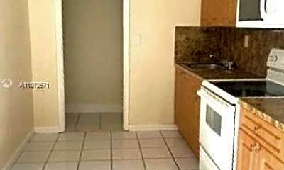 Kitchen, 1437 NE 56th St 3, 0