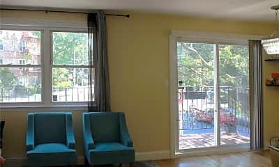 Living Room, 74-30 Yellowstone Blvd 2, 0