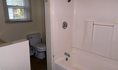 Bathroom, 1616 Osage St, 1