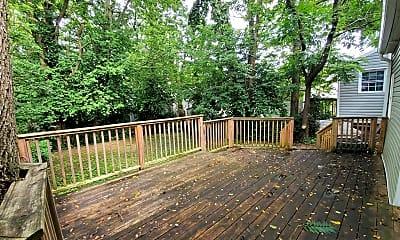 Patio / Deck, 441 E 7th St, 2