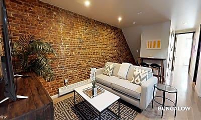 Living Room, 16-84 Linden St, 0
