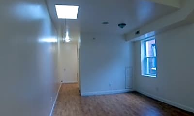 Living Room, 1826 W Diamond St, 2