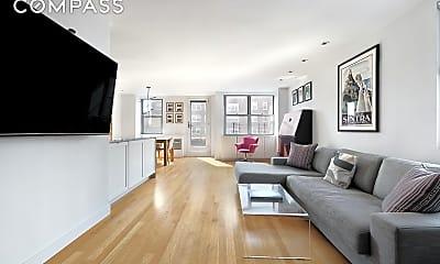 Living Room, 32 Gramercy Park S 14-A, 1