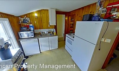 Kitchen, 731 Bluemont Ave, 2