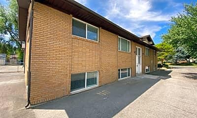 Building, 3135 S 200 E, 1