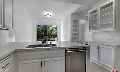 Kitchen, 6469 Zuma View Pl 155, 1